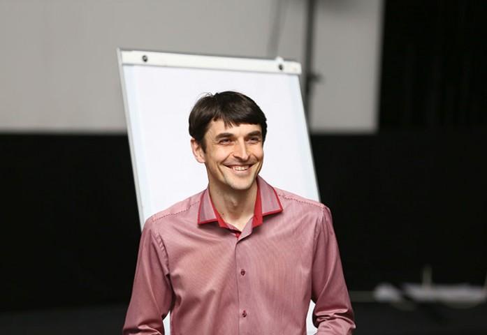 """""""Отвечаю на ваши вопросы"""" Сергей Шевченко"""